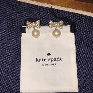 Crystal bow with pearl drop earrings. Kate spade.